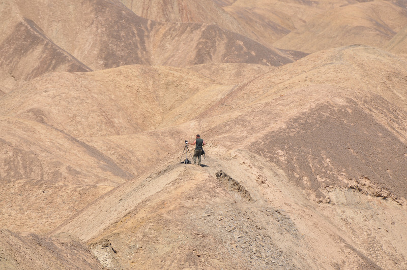 From another hilltop, I zoomed in on Matt, who was Gigapan-ing the Qilian vista.