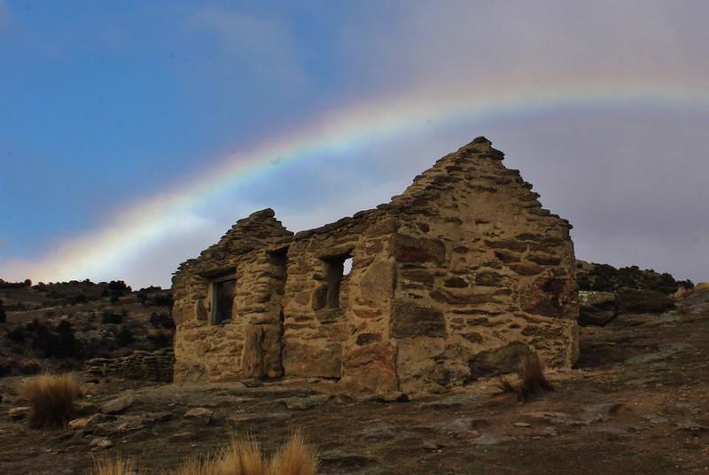 Hut rainbow