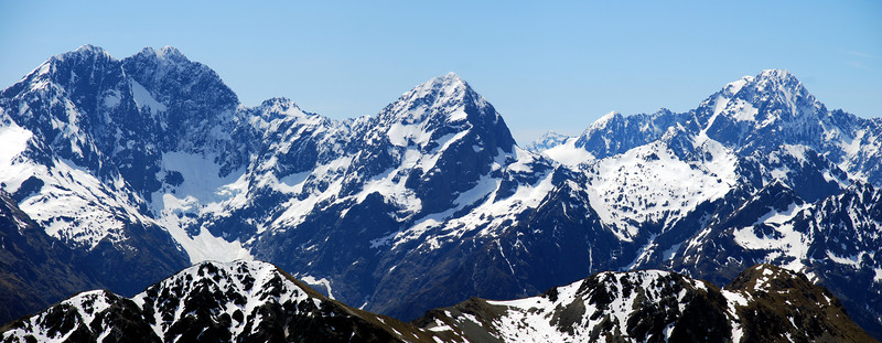 Flat Top, Pyramid, Ngatimamoe and Mt Christina from the Livingstone Range