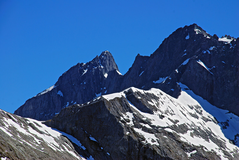 Karetai Peak and Mount Revelation