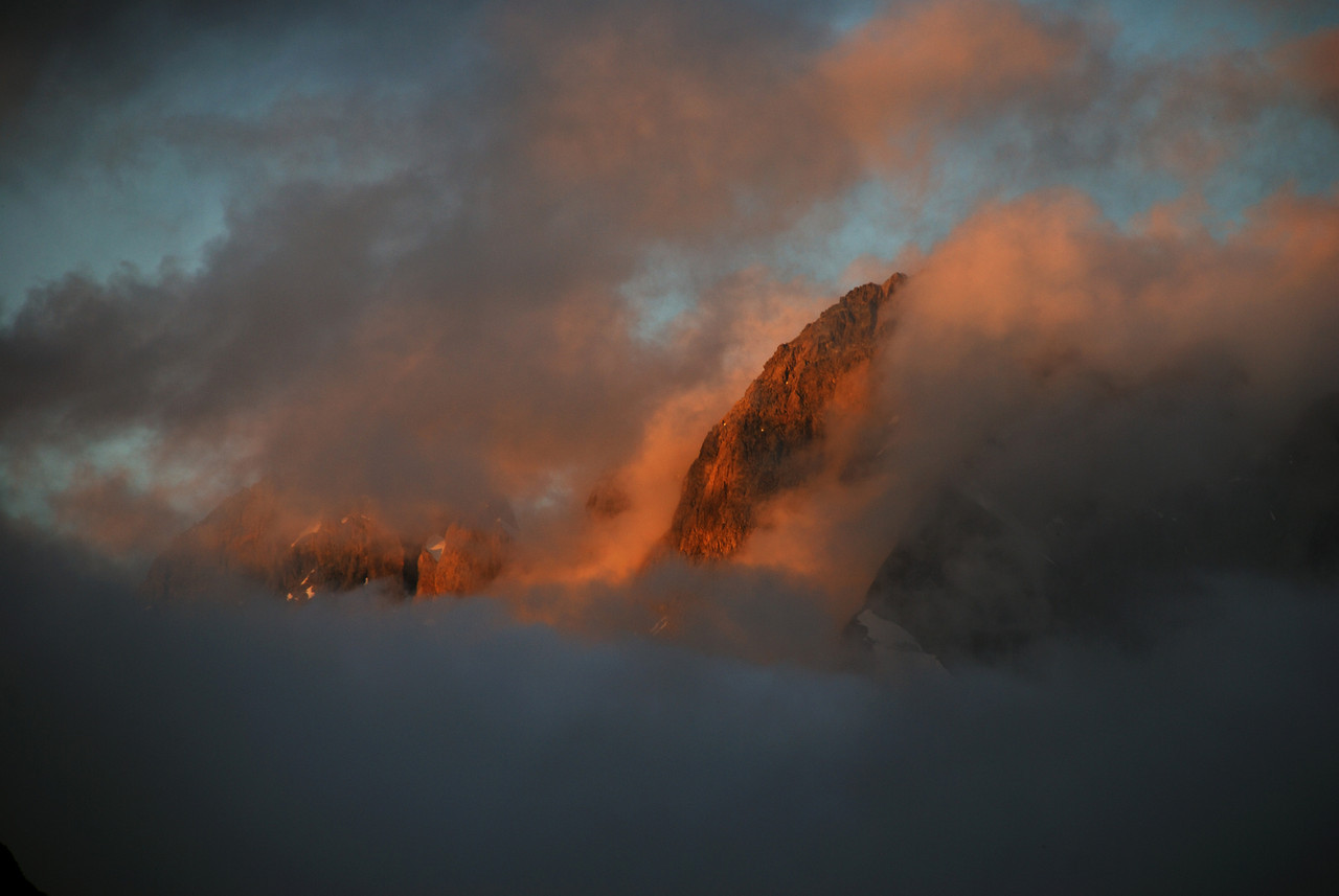 Shrouds of mist on Mount Revelation