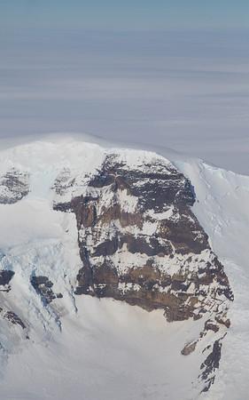 A bare rock face on Callender Peak