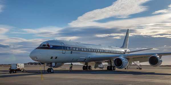 The DC-8 on the ramp in Punta Arenas