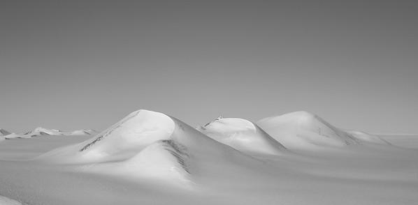 Hills along Lurabee Glacier
