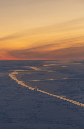 Moisture flux over sea ice leads in the Weddell Sea