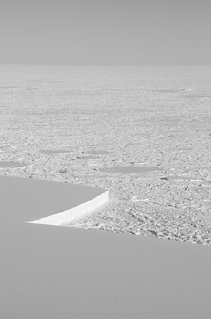 A corner on the southern side of the A-68 iceberg
