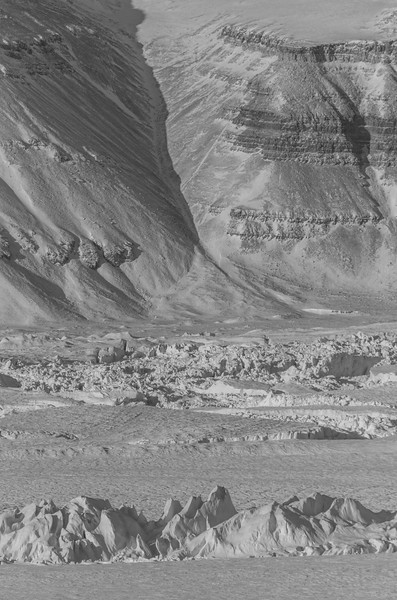 Evidence of an avalanche and a turbulent glacier surface