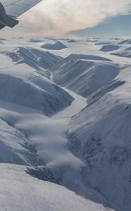 A small glacier just west of Antoinette Glacier