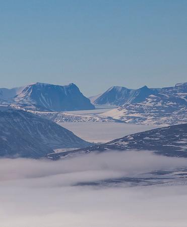 Looking deep into Carlsbergfondet Land, up Admirality Glacier