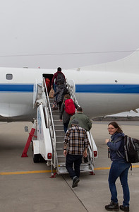 The last of the P-3's passengers boarding for the transit to Kanger