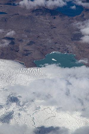 A lake-terminating glacier in east Greenland