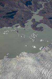 A lake-terminating glacier in SW Greenland