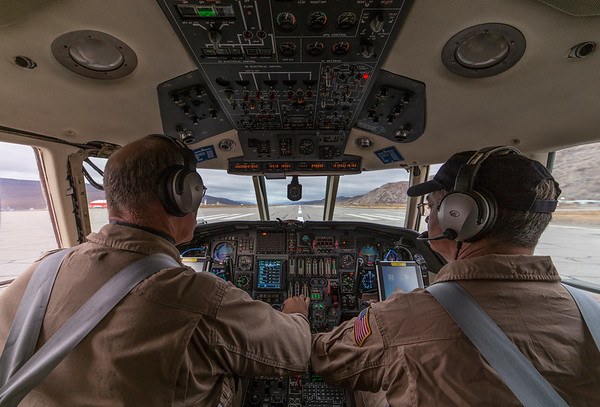 Pilots Rick and Kurt throttle up for takeoff!