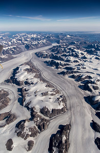 A nice, long view down the southern tributary of Heimdal Glacier