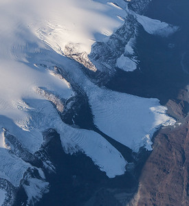 Unnamed land-terminating icefalls in Western Greenland