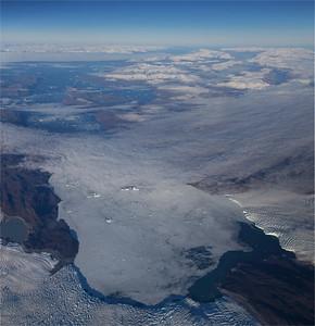 Kujatdleq Glacier (left) and Avangnardleq Glacier (right) overlooking the Nuussuaq Peninsula