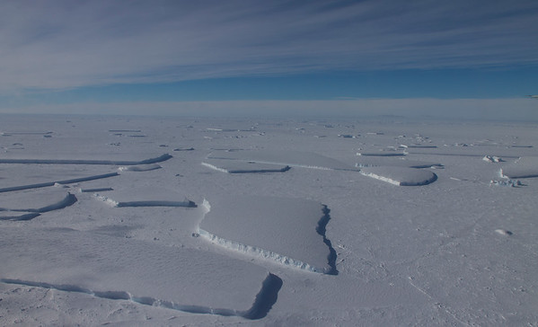 """Along the flight we re-cross back over the Thwaites ice sheet """"tongue"""" that we flew near yesterday"""