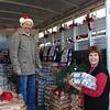 Preston Smith and Lorraine Davis distributing food