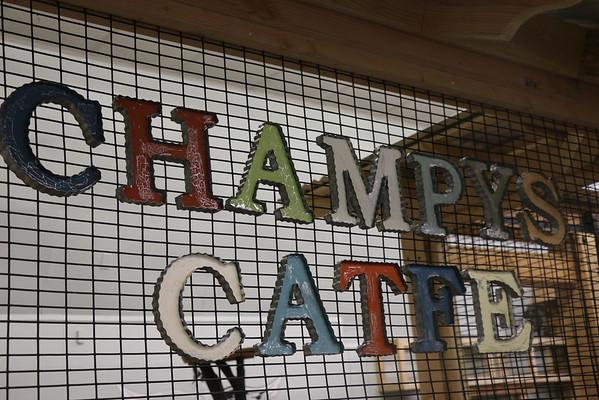 Champy's Catfe