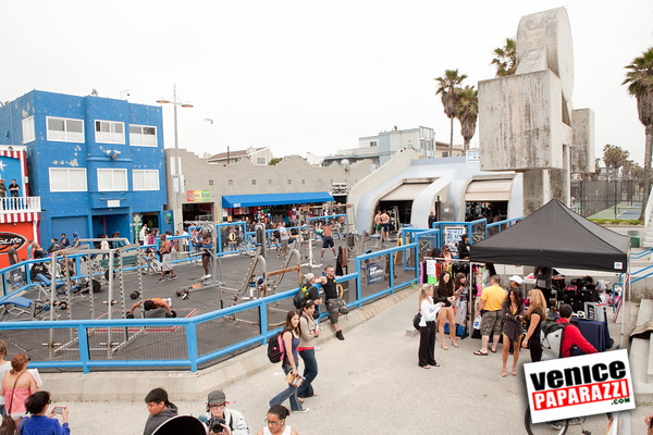 Recent Event Covered 04 22 12 First Ever Venice Muscle Beach Posing Seminar At Gym Paparazzi Ca Photo Agency