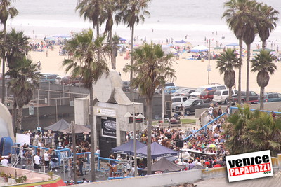 07 04 09  Fourth of July Mr  & Mrs  Muscle Beach Bodybuilding and Figure   www musclebeachvenice com (15)
