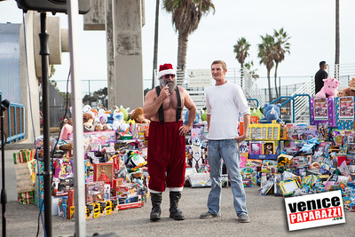 Muscle Beach Toy Drive-2