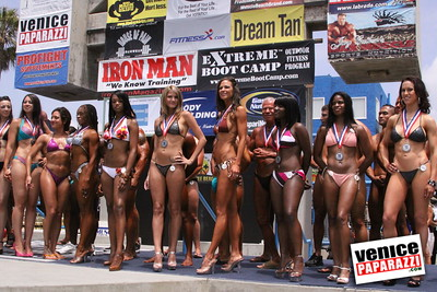 05 25 09  Muscle Beach International Bodybuilding Classic and Armed Forces Championships   www musclebeachvenice com  www venicepaparazzi com (13)
