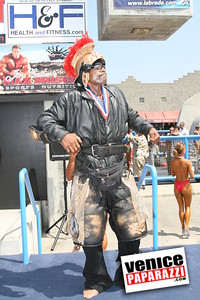 Venice Figure and Bodybuilding Competitions  Venice Beach California   www musclebeachvenice com (17)