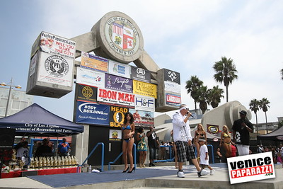 Venice Figure and Bodybuilding Competitions  Venice Beach California   www musclebeachvenice com (3)