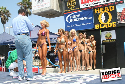 Venice Figure and Bodybuilding Competitions  Venice Beach California   www musclebeachvenice com (20)