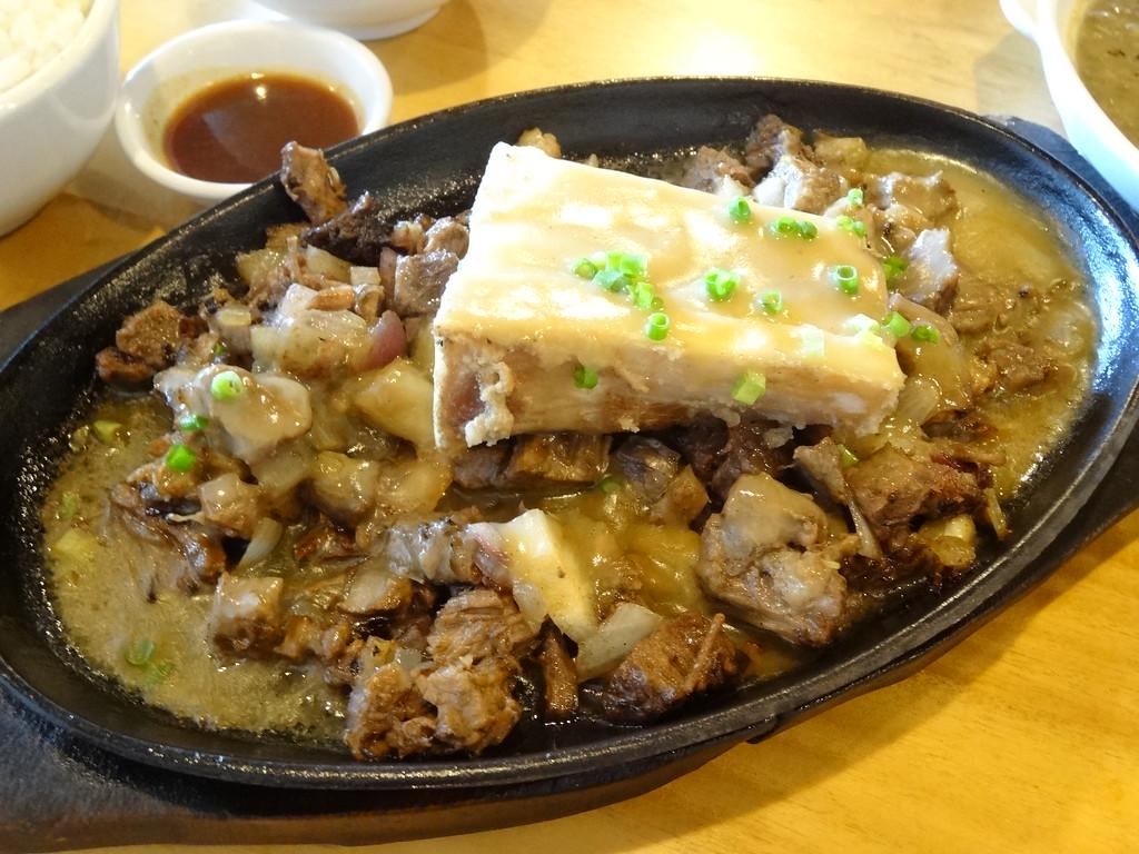 10 Must Try Classic Filipino Foods - GRRRL TRAVELER