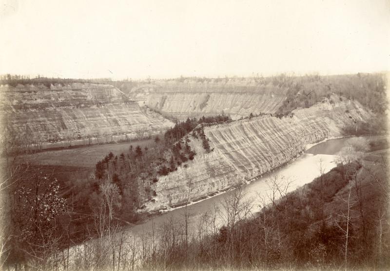 Hogsback Overlook circa 1900 / Photo by Albert T Hill