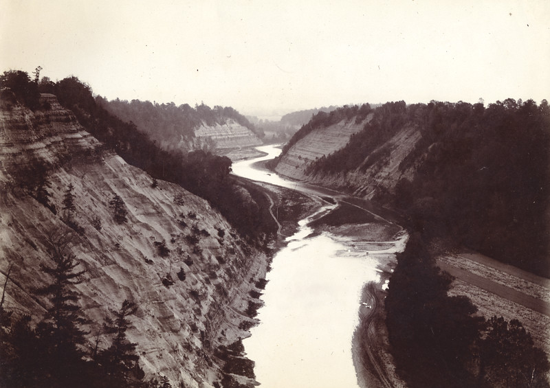 Genesee River looking towards the dam site circa 1900 / Photo by Albert T Hill