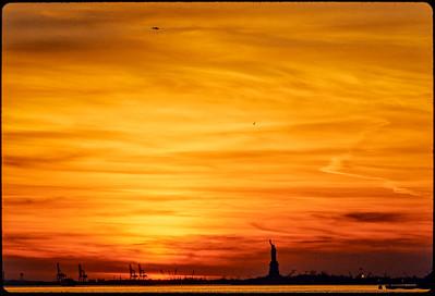 1988 Liberty in NY Harbor_7741