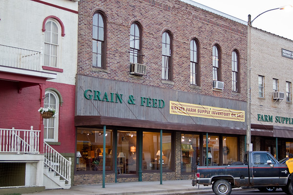 Grain & Feed Building