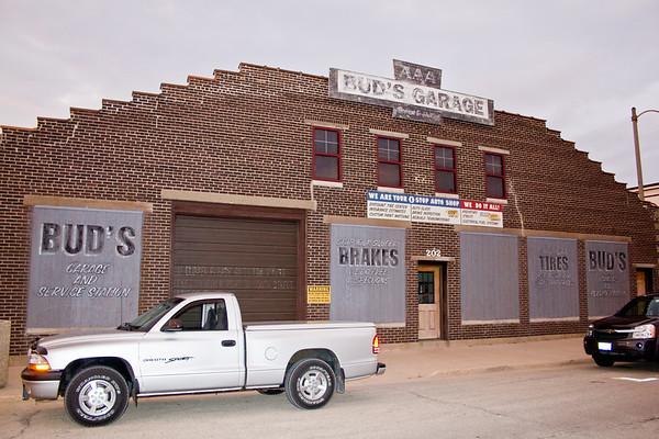 Bud's Garage