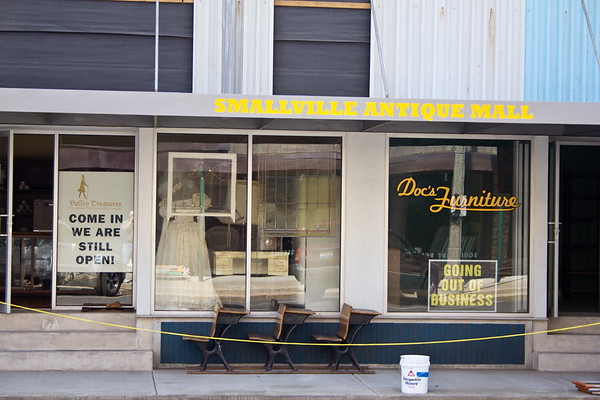 Doc's Furniture