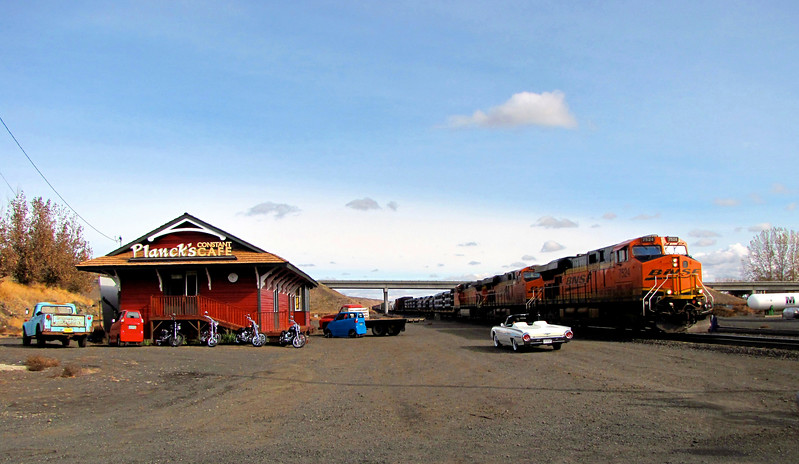 – THE BIG BANG – Feature film<br><br>Planck's Café, New Mexico desert.<br>* Built on location