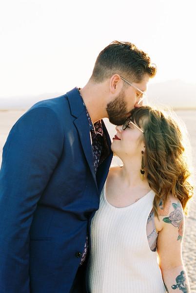 Intimate Las Vegas Desert Elopement / Kristen Kay Photography