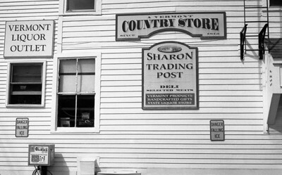 Sharon Trading Post