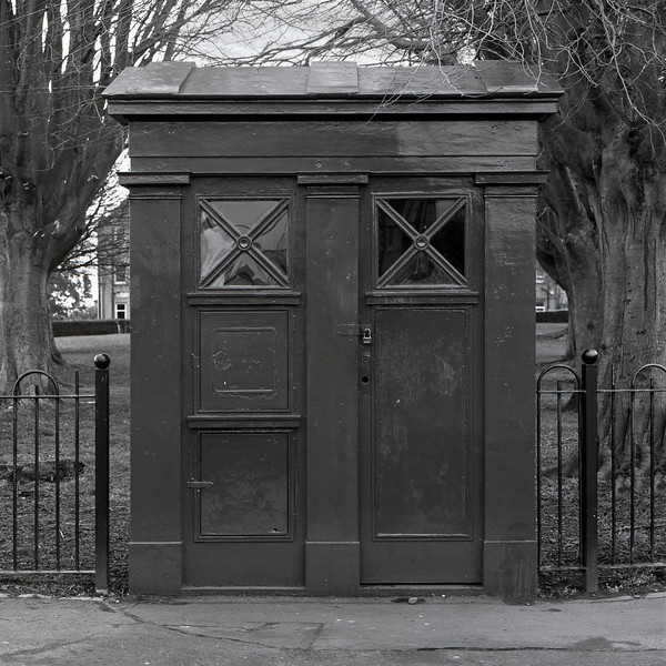 Old Police Box on Northfield Broadway (Kodak T-Max 100 Film)