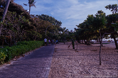 Portra iso 400 (color) - beach road in bali