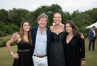 Screenwriters Colony 5th Summer Soiree honoring Warren Beatty, 25 Almanack Pond Road, Nantucket, Massachusetts, July 22, 2017