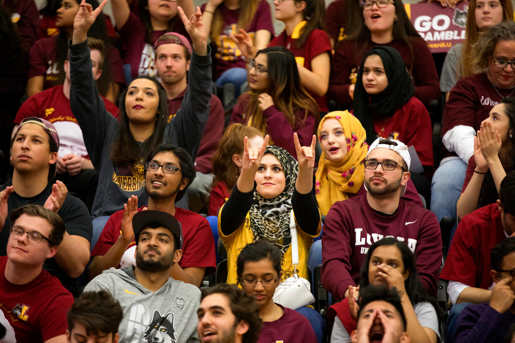 . Fans cheer during the March Madness watch party for the Loyola-Chicago vs. Michigan NCAA Final Four basketball game Saturday, March 31, 2018, in Chicago. (Erin Hooley/Chicago Tribune via AP)