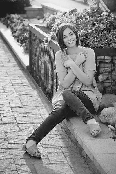 Natalie-19bw