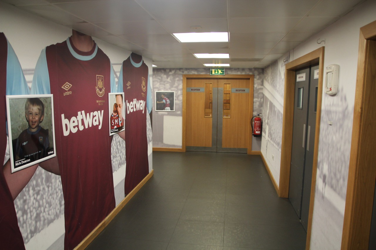 Dressing Room Corridor to Tunnel to Pitch.