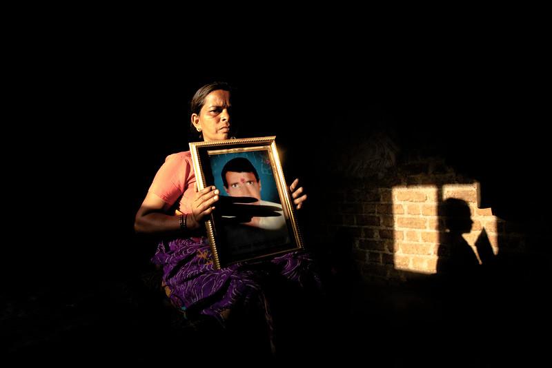 Sangeeta Ashok Saatpaise, 40, Tonglabad