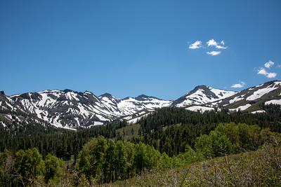 Leavitt Peak heading up the Sonora Pass.