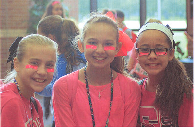 Pink Out Day ar Creekside Intermediate