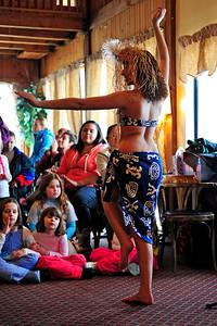 polynesian-dancing-008